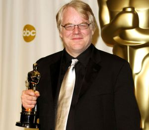 Hoffman wins the Best Actor Academy Award in 2006 for his role as the gay author: Truman Capote
