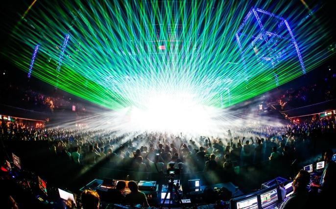 Rave all night - felsite.net
